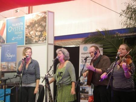 2011-10-15 #02 Oyster Festival - Dalla